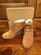 Toms Desert Wedge Wheat Suede With Shearling & Faux Crepe Wedge Size 9.5
