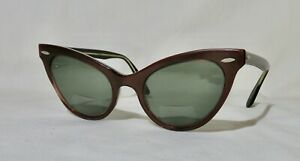 Bausch & Lomb 5 3/4 Vintage Cateye frames, 1950's 48-20 Brown Sunglass w/readers