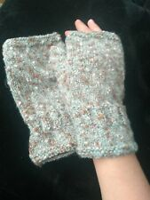 Wool blend boucle wrist warmers fingerless gloves NEW handknitted size Large
