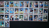 1992 Topps Minnesota Twins Team Set of 32 Baseball Cards