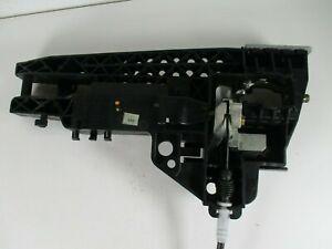 AUDI A4 b8 A5 8t OFFSIDE FRONT EXTERNAL DOOR HANDLE CARRIER 8T02837886A