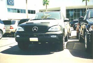 Colgan Front End Mask Bra 2pc.Fits Mercedes-Benz ML350 W/O Licen Plate 2003-2005