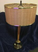 Vtg Mid Century Modern Wood & Brass Shapely Table Lamp WORKING