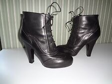 Bottega Veneta BLACK LACE-UP ANKLE BOOT/ SHOES 40