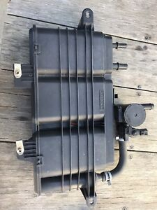 2006-08 ford fusion 2.3 fuel evaporator charcoal canister excellent condition