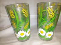 Vintage H. J. Stotter Set Of 2 Acrylic Drinkware Glasses Daisies & Flowers, USA