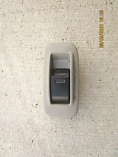 97 - 01 TOYOTA CAMRY CE LE XLE REAR RIGHT SIDE POWER WINDOW SWITCH 84810AA010G0