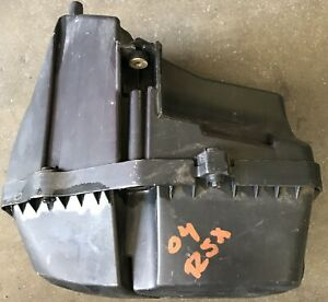 02 03 04 2002-2004 Acura RSX Air Cleaner Box Assembly OEM