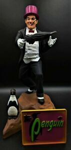 The PENGUIN Moebius BATMAN 1966 Professionally AIR BRUSHED  Aurora Style model