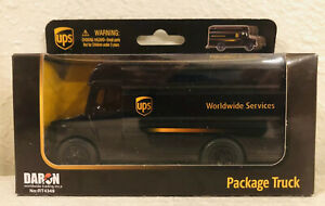 UPS Delivery Package Truck Mail Parcel Daron RT4349 Toy Model Car Van Vehicle