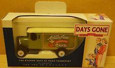 DG043036 Days Gone Lledo Boxed Die Cast Model - Morris Van.McVictie's.