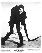 MARTY FELDMAN great 8x10 character still from YOUNG FRANKENSTEIN -- (b914)