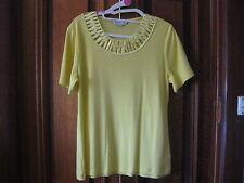 Gorgeous Noni B Yellow Top.  size M