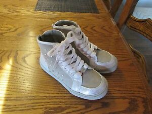 Michael Kors Bright 2  Gray / Silver Girls High Top Shoes Size 12 NEW