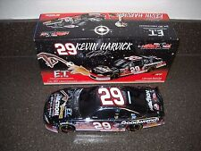 NEW KEVIN HARVICK #29 E.T. 20TH ANNIV. G/W 2002 M/C 1:24 NASCAR BANK ACTION