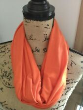 Snood écharpe uni orange, neuf et fait main !
