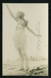 CA Los Angeles RPPC c20 MACK SENNETT BATHING BEAUTY IN STUDIO PHOTO No. M-73
