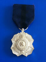 Jolie médaille décoration belge l union fait la force/ Réf 1834