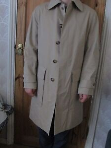 GRENFELL MEN`S  RAINCOAT  MADE FOR A TOP LONDON CITY OUTFITTERS  rrp £575+