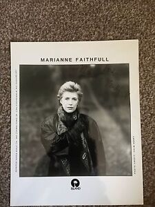 Marianne Faithfull Signed Authentic Autograph Press Photo