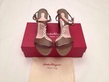Authentic Salvatore Ferragamo Leather Duchessa Sandals Taupe Women Size 9.5 US