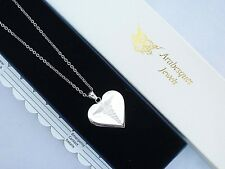 LADIES HEART SOS NECKLACE/PENDANT MEDICAL ALERT/STAINLESS STEEL TALISMAN. SILVER