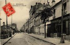 CPA ALFORTVILLE Rue Villeneuve et le Marché (671780)