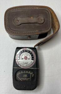 Vintage GE Light Foot-candles Exposure Meter w/ original leather case Type DW-68
