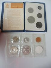 2 alte Kursmünzen-Sätze  : US Mint Philadelphia 1963  und England