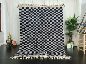 Handmade Moroccan Beni Ourain Wool Rug 5'7x7'6 Checkered Berber Gray Black Rug