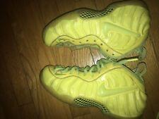 separation shoes c895e f059c Nike Foamposite One Volt Size 8.5