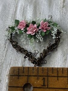 Miniature Dollhouse Door Heart Wreath Spring  Flowers Artist  Unsigned  EVF3