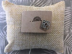 Single Patterned Silver Square Stud