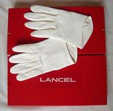 e533b3749bb LANCEL Gants blanc en cuir d agneau perforée NEUFS