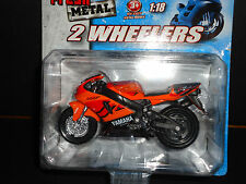 Maisto Yamaha YZF R-7 Orange 1/18 Motorcycle Bike