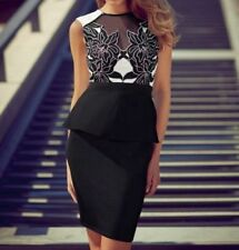 Lace Sleeveless Dresses for Women with Appliqué