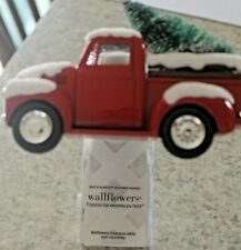 2020 Bath and Body Works LITTLE RED TRUCK with Christmas Tree WALLFLOWER
