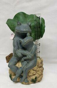 Resin Frog Umbrella Rain Gauge Garden Statue Animal Wild Sculpture Outdoor Decor
