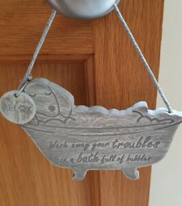 NEW CUTE SAUSAGE DOG IN THE BATH HANGING PLAQUE CHRISTMAS 🎄