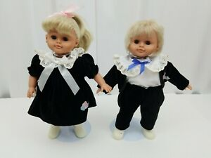 """Lissi Baby Dolls Twins Two Heart Collection Anneliese Batz 11"""" w Doll Stands"""
