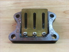 PEUGEOT SPEEDFIGHT 50 / 100 cc GENUINE INLET MANIFOLD REED VALVE BLOCK
