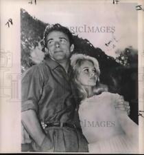1960 Press Photo Brigitte Bardot and Husband Jacques Charrier - nox10622