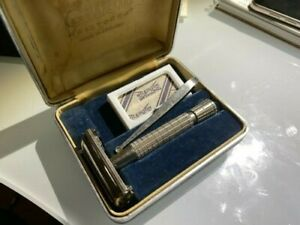 gillette aristocrat razor vintage rare, good condition.