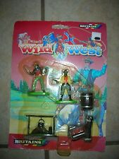 Britains Wild West Cowboy & Indians Toy Figure Set - #7419  (B 15)