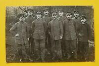 Foto AK Soldaten Offiziere Kragenspiegel mit Rot Kreuz Abzeichen 1914-18 1.WK WW