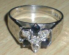 Secondhand 18ct Oro Blanco Zafiro Y Diamante Star Cluster Anillo Talla o