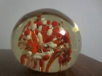 LOVELY  VINTAGE ART GLASS PAPERWEIGHT