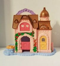 Fisher Price Precious Places Pony Palace Stable Doll House 2009 model P6842