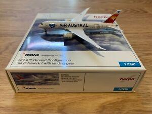 """No Herpa Wings, 1:500: Air Austral Boeing 787-8 Dreamliner """"Custom Made"""""""