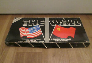 The Wall Board Game Espionage Ingtrigue 25th Anniversary Berlin Wall 1986 RARE